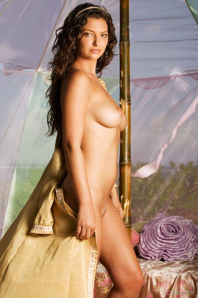 Nude ashley rickards — photo 11