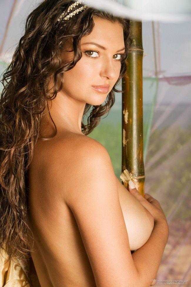 http://ruero.com/pic/040209/Princess/image_14.jpg