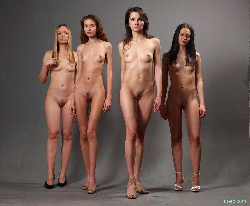 Много девушек голых стоя кастинг видео