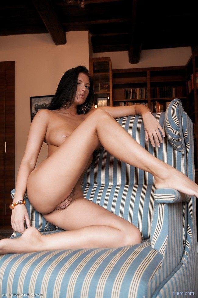 veronica-erotic-archives
