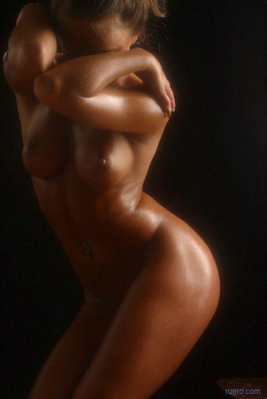 foto-zhenskih-golih-tel