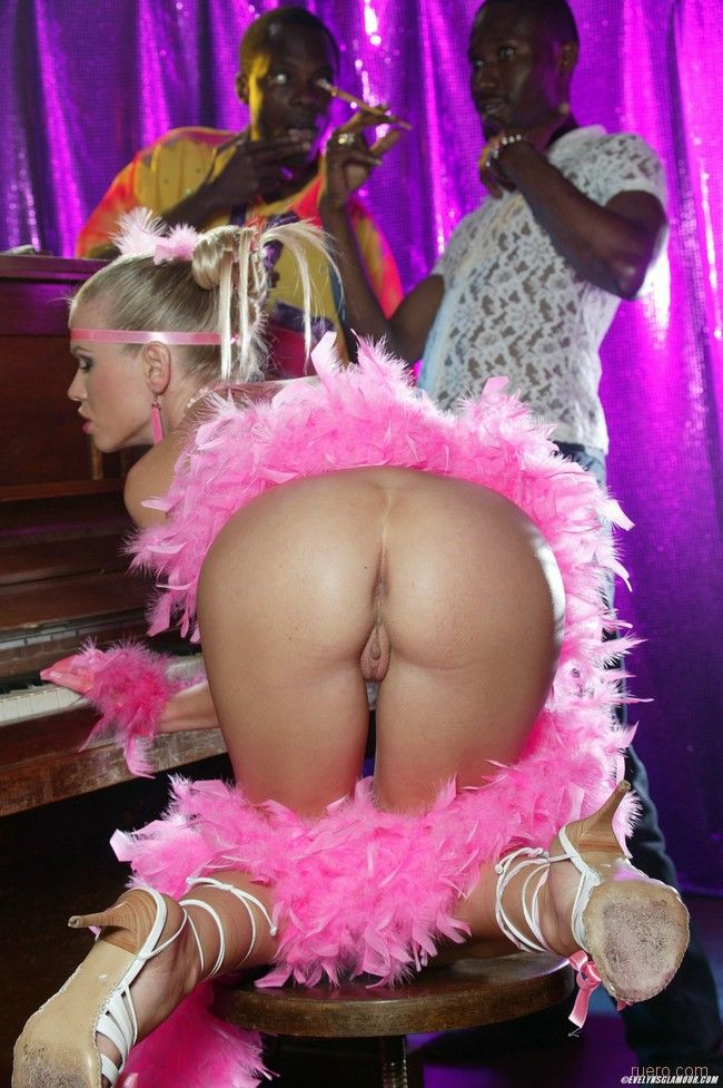 Pole dancing hairy pussy licking