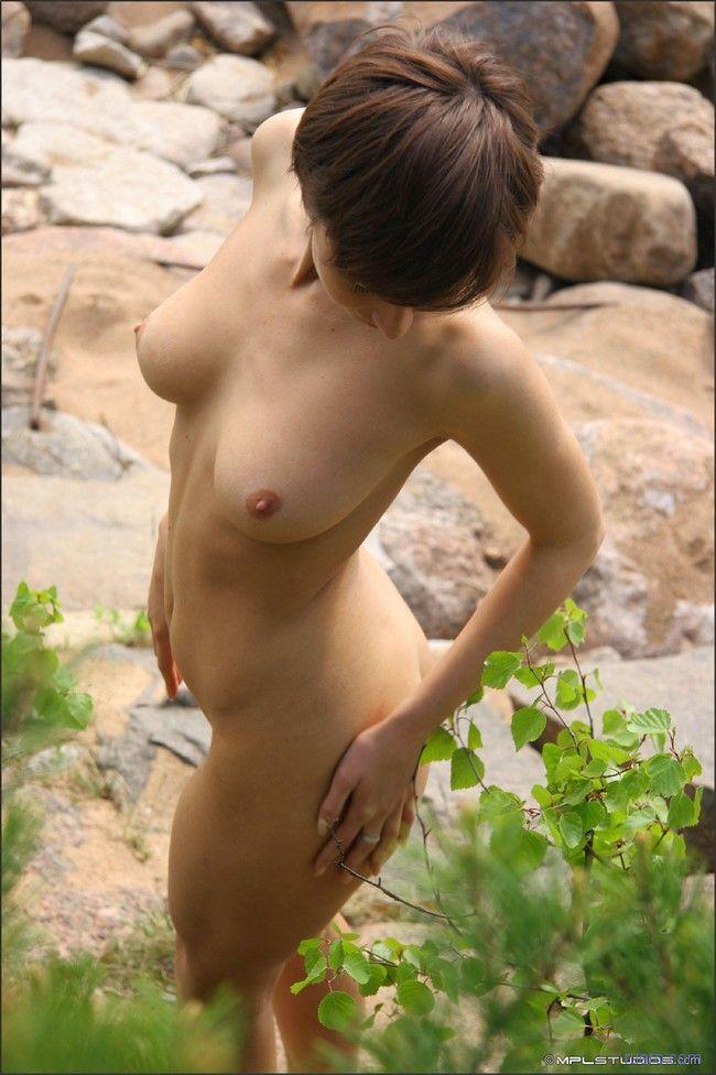 http://ruero.com/pic/241208/anna/image_21.jpg