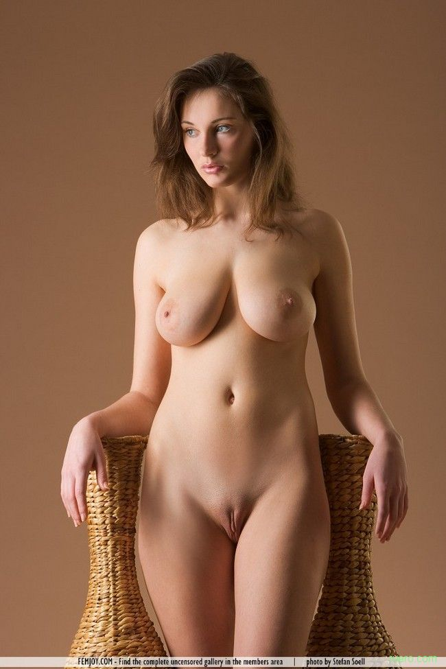baba-ebet-krasavitsi-golie-form-ogromnie-samotiki