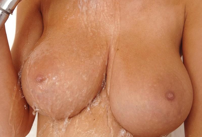 порно онлайн грудь размер