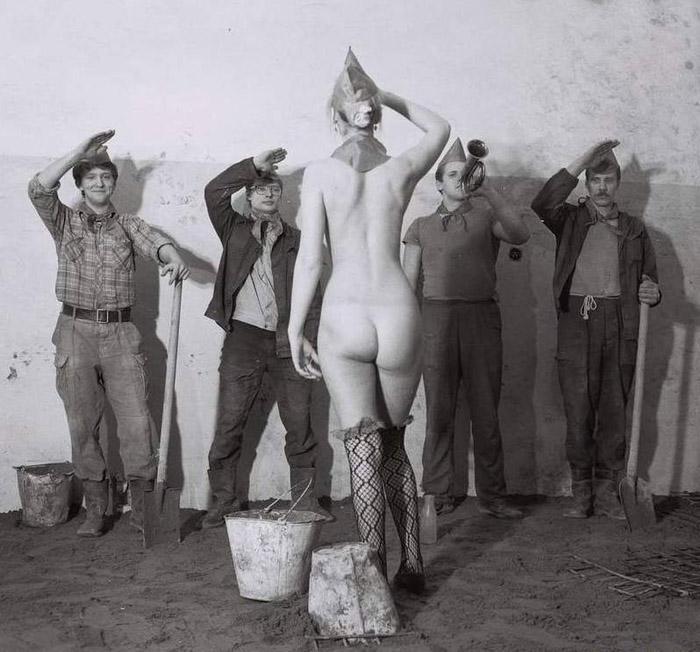 голые пионеры Дойки ком — Голые сиськи для народа и ценителей секса.