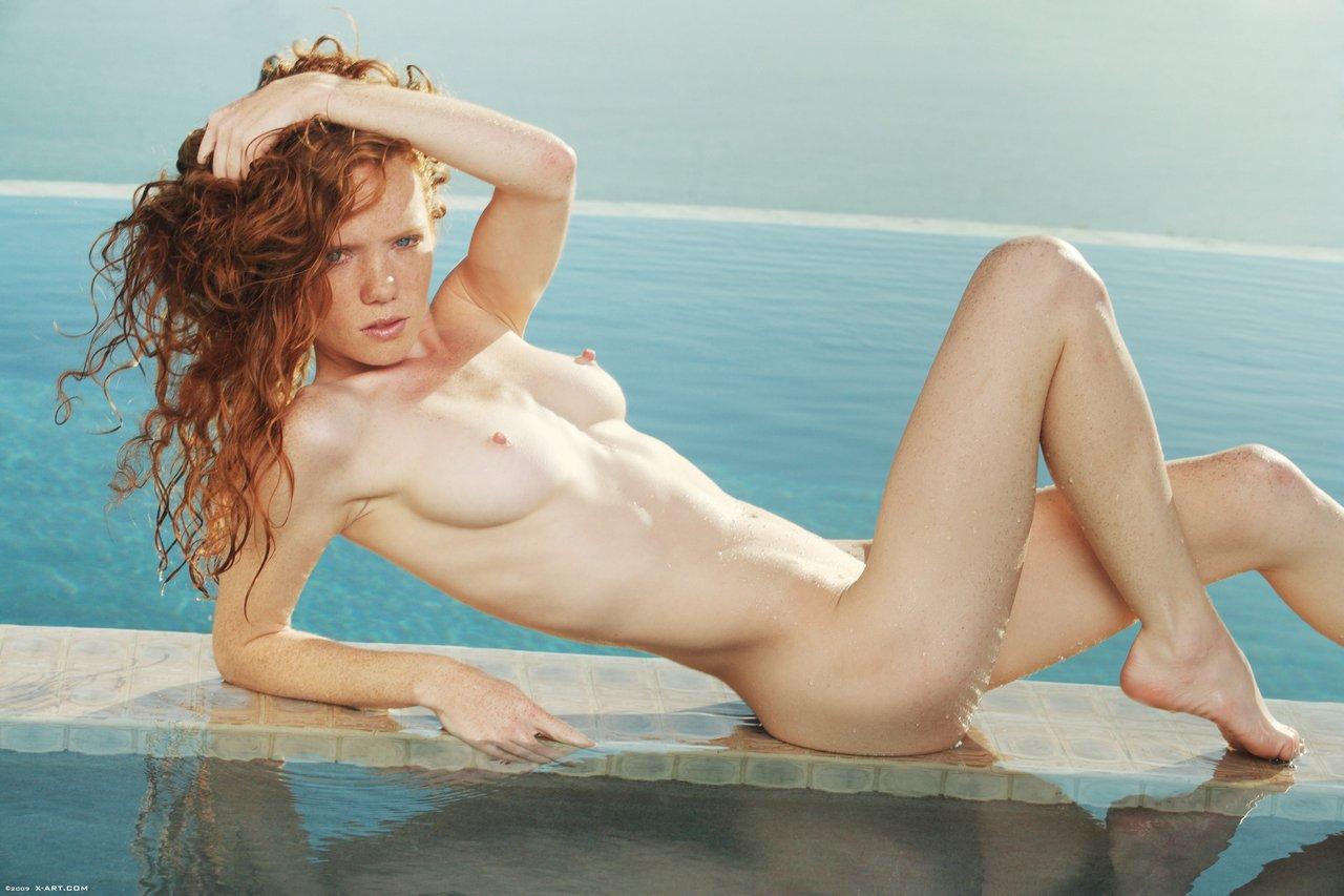 Carolyn heather nude — pic 3